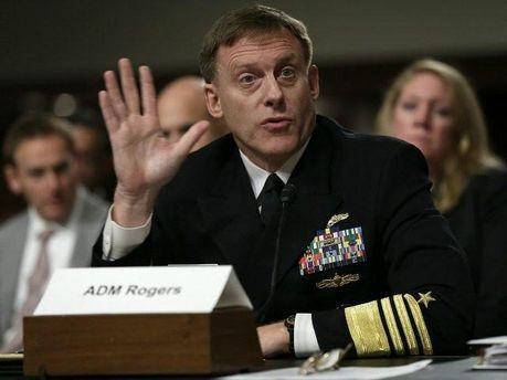 Адмірал Майк Роджерс: Трамп ненаказував протидіяти кіберзагрозам Кремля