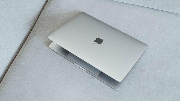 Apple запатентувала ноутбук зекраном замість клавіатури
