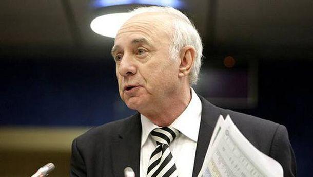 ФФУ висунула Павелка ввиконком УЄФА на місце Суркіса