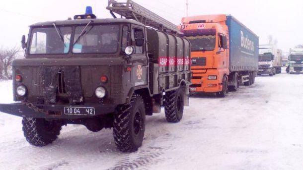 Через негоду вУкраїні знеструмлено 63 населених пункти у8 областях
