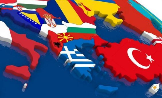 Росія тисне на Балкани
