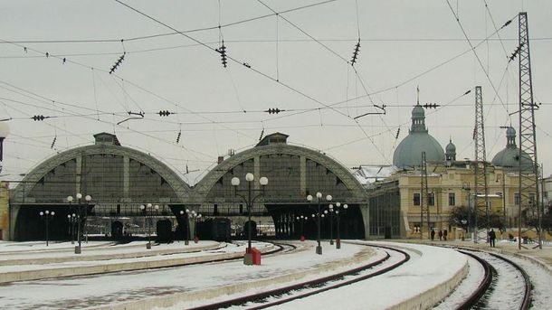 УЛьвові «мінували» залізничний вокзал, евакуювали 360 осіб