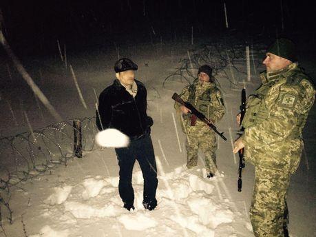 ВУкраїні затримали кримінального авторитета зГрузії, який намагався втекти вРФ