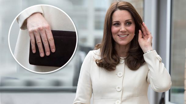 Кейт Міддлтон вразила пальцями однакової довжини