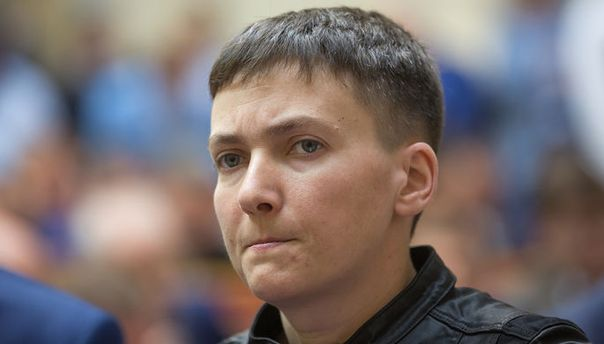 Луценко пригрозил Савченко снятием депутатской неприкосновенности