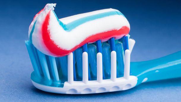 Ученые: зубная паста не несомненно поможет сохранить зубы здоровыми