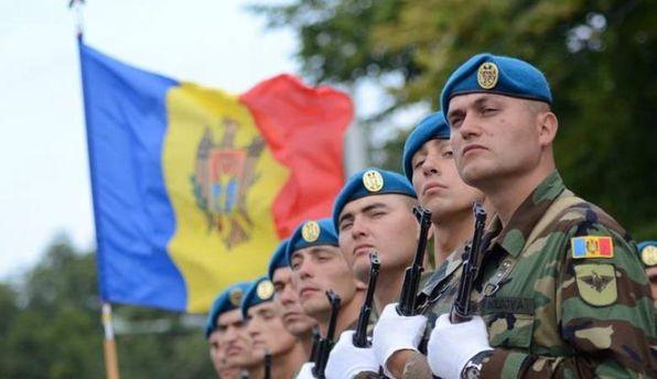 Соседка Украины отказывается от призыва на военную службу