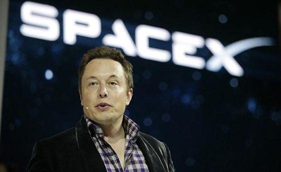 Маск проти Цукерберга: зFacebook зникли сторінки Tesla і SpaceX