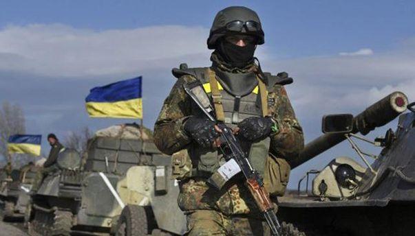 АТО на Донбасі триватиме поки Порошенко указом не оголосить про початок операції Об'єднаних сил