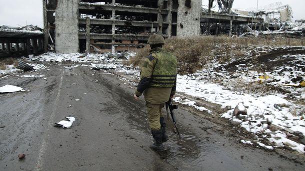 За найоптимістичнішим сценарієм, війна на Донбасі може тривати від трьох до п'яти років, – Жданов