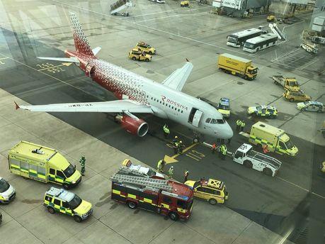 Рейс изЛондона вПетербург задержали из-за инцидента ссамолетом