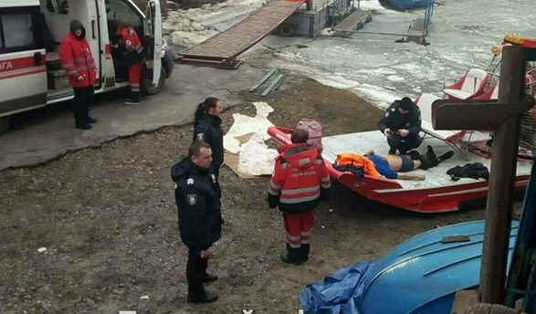 УКиєві самогубець стрибнув з Північного мосту і потонув