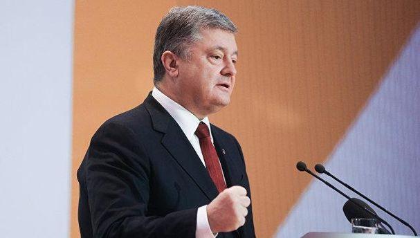 Порошенко роз'яснив ситуацію із патрульними катерами, які Україна отримає від США
