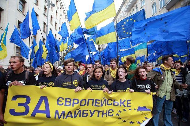 Ассоциация с ЕС: что выигрывает Украина и что потеряет