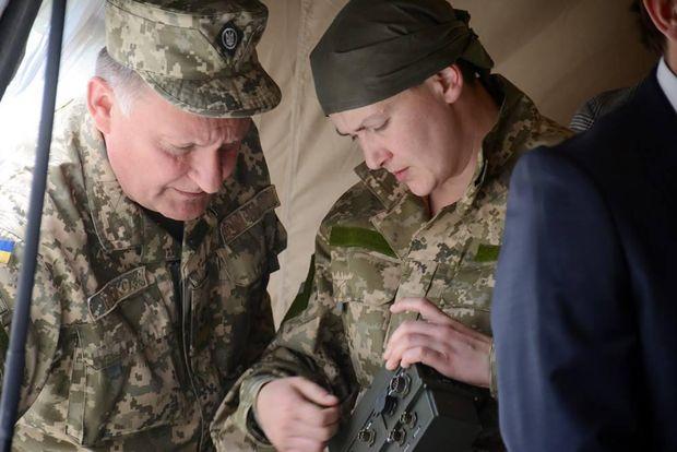 Нардеп Надія Савченко відвідала виïзне засiдання комiтету з Національноï безпеки й оборони