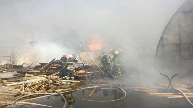 Пожежа на складах під Києвом