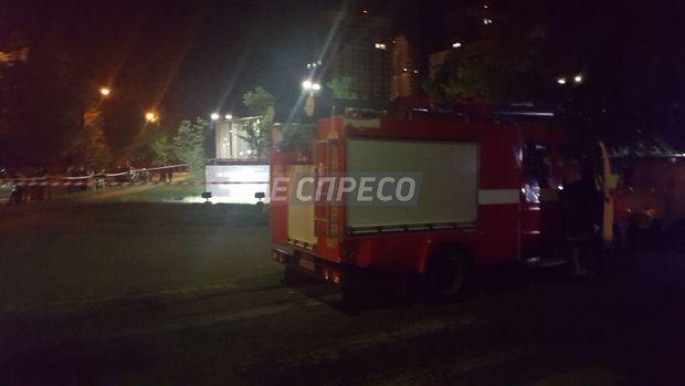 На місці інциденту працюють поліція та рятувальники