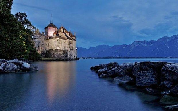 Швейцарія безвіз: Шийонський замок