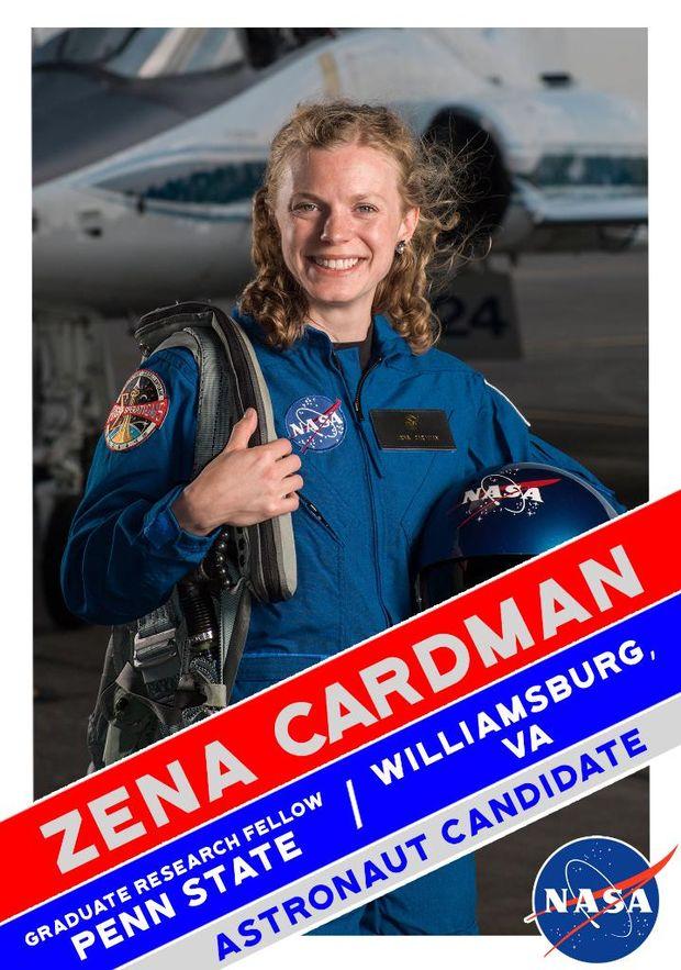Зена Кардман у складі групи астронавтів для польоту на Марс