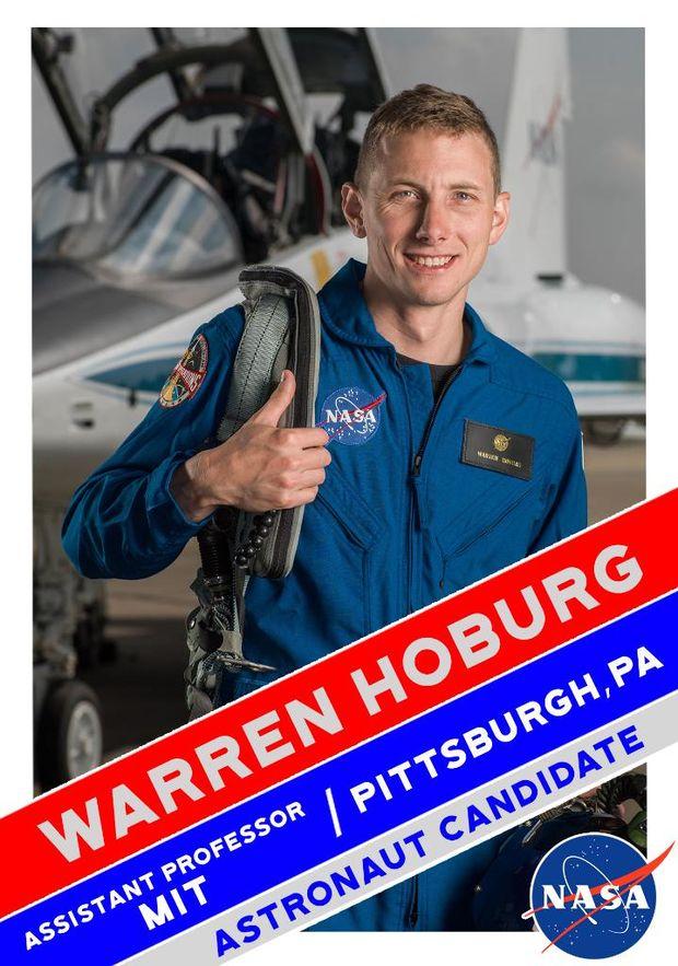Воррен Хобург у складі групи астронавтів для польоту на Марс