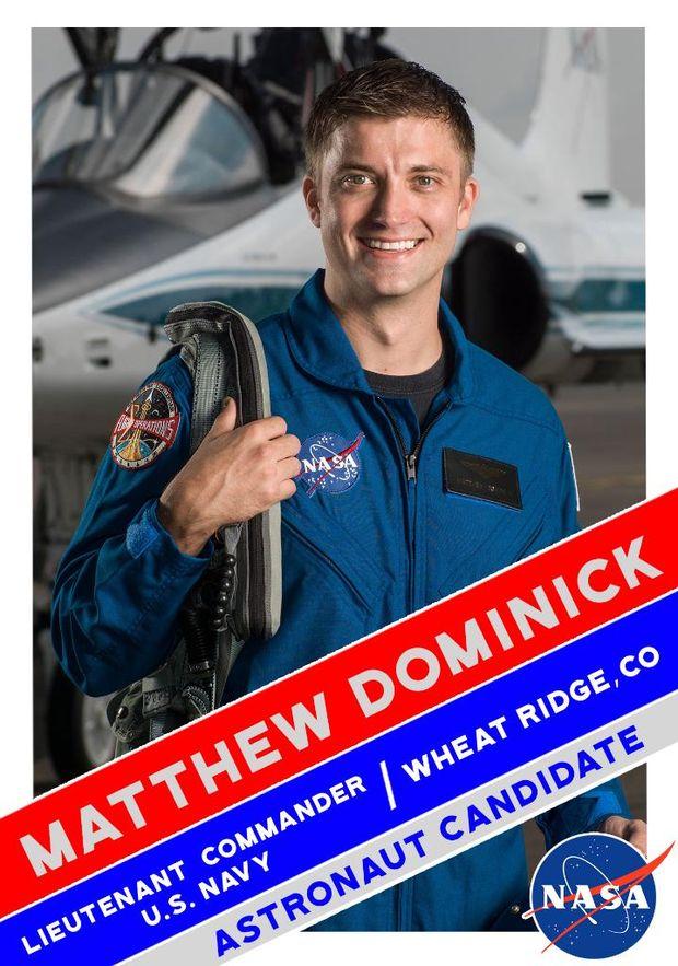 Метью Домінік у складі групи астронавтів для польоту на Марс
