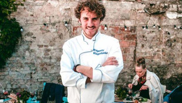 Євген Клопотенко створить нову кулінарну книгу для шкільних їдалень