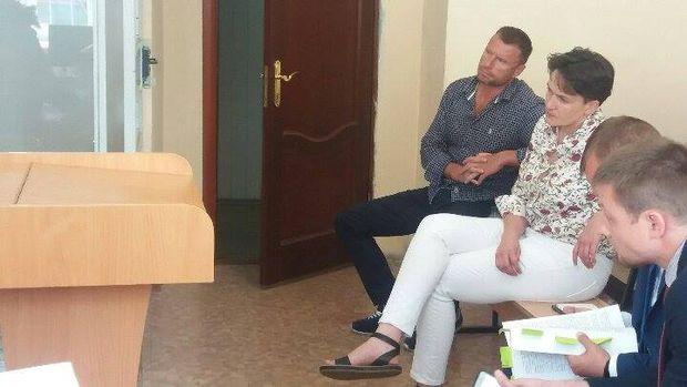 Надія Савченко на засідання суду у