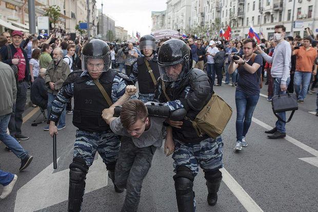 Конец знакомой России
