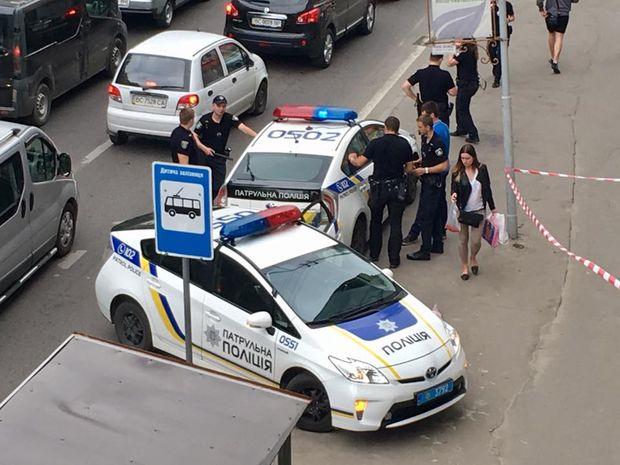 Львів, тварини, стрілянина, поліція