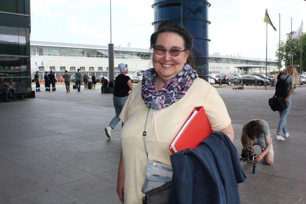 Волонтерка Джоан Генрі
