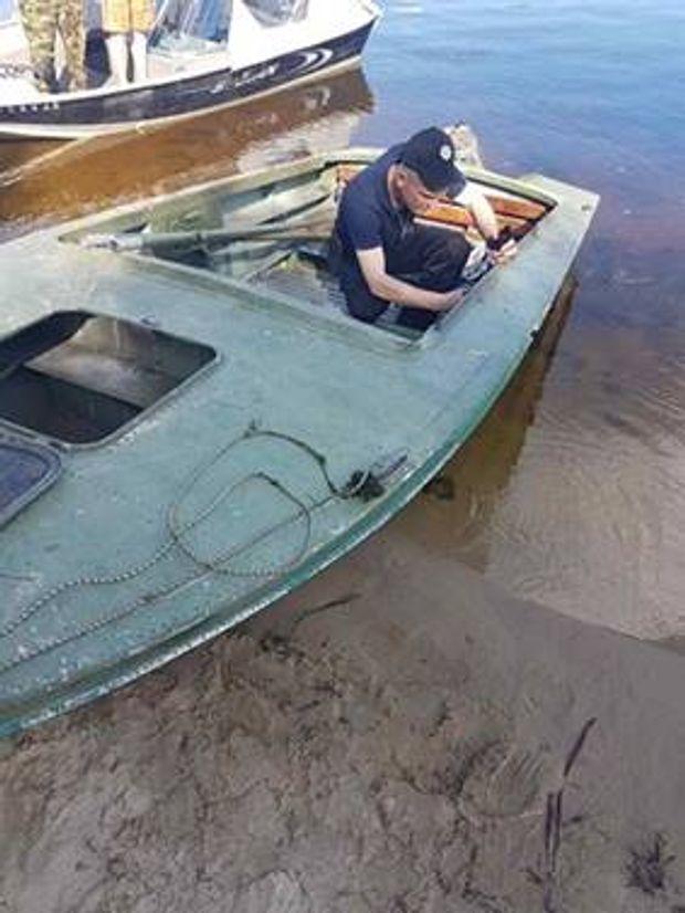 Поліція затримала п'яних дебоширів на човнах на Київщині