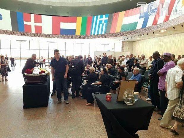 Фото: ТСН//Фото з прощання з ветераном АТО Олійником
