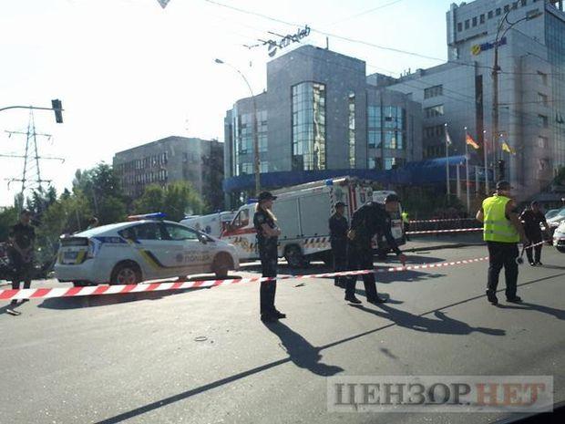 У Києві вибухнув автомобіль