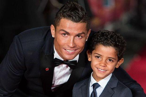 Криштіану Роналдо з сином