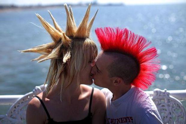 До Дня поцілунків