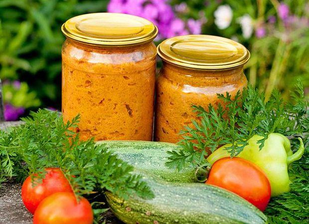 Кабачковая икра: рецепт легкой консервации