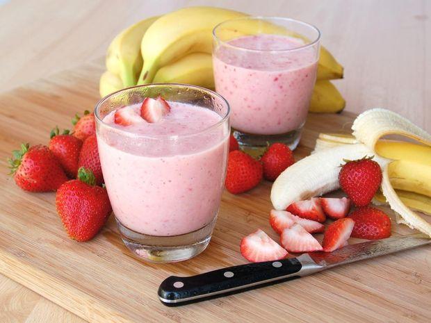 Рецепт клубнично-бананового смузи