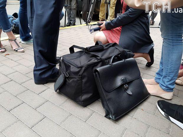 Добкін, ГПУ, валізка