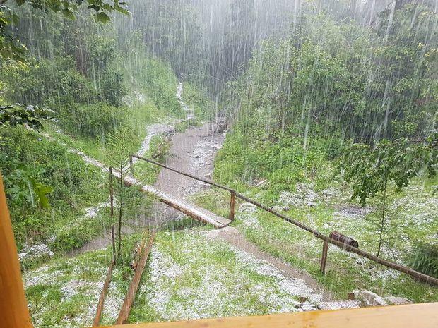 Сніг на Закарпатті в липні
