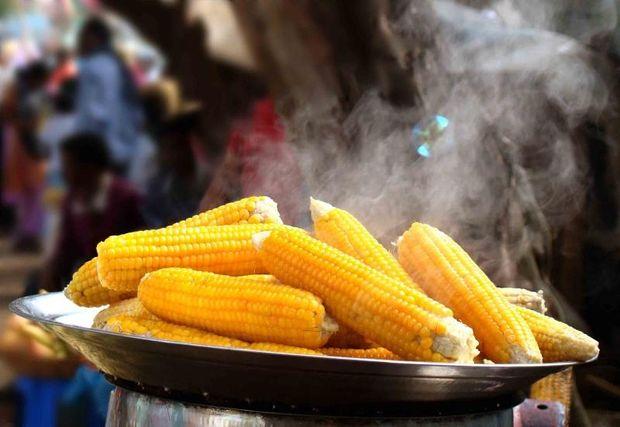 Як  варити кукурудзу правильно