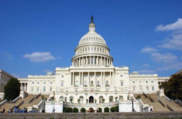 Американсьткі парламентарі майже одностайно виступили за нові санкції