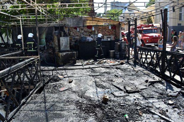 Загоряння сталося на літній площадці кафе