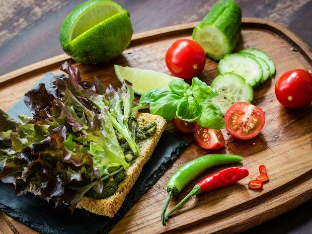 Основа раціону в спеку – овочі та фрукти