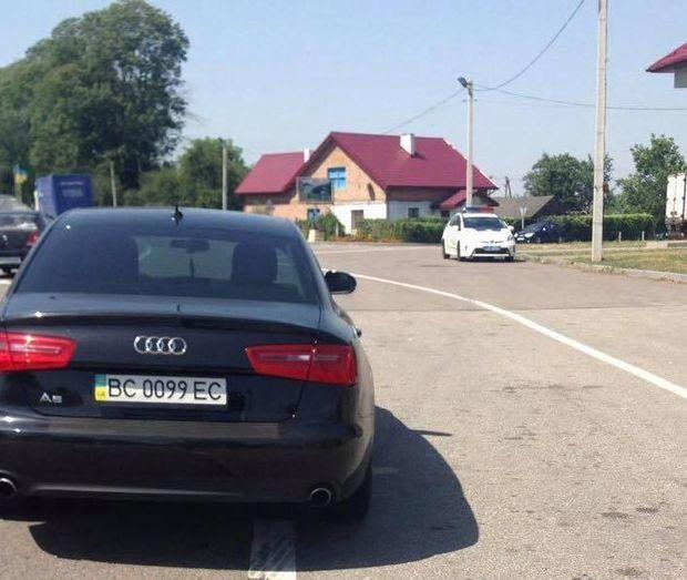 Нардеп був за кермом Audi A5