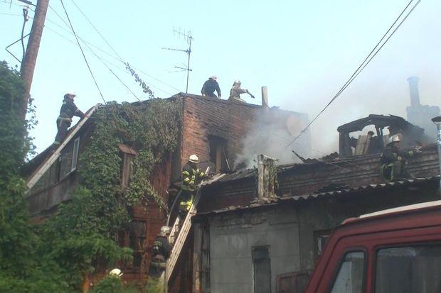 Рятувальники боролися з вогнем понад 6 годин