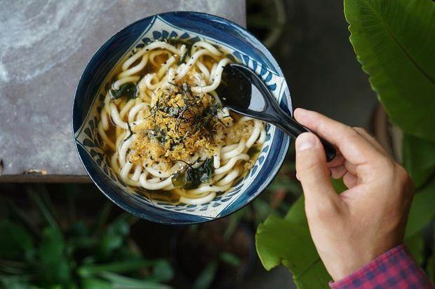 Місо-суп потрібно їсти до основної страви