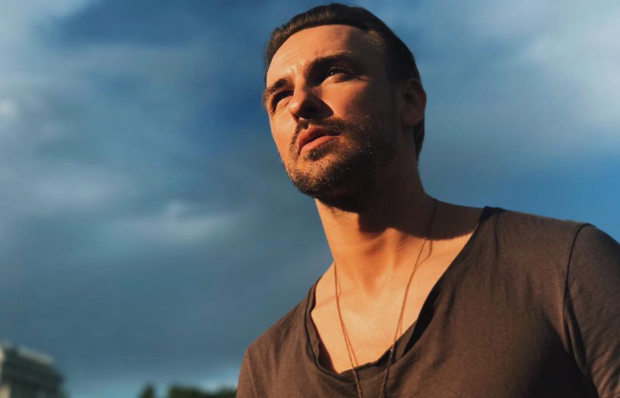 Український співак ISAAK (Артем Іванов) візьме участь в російському фестивалі