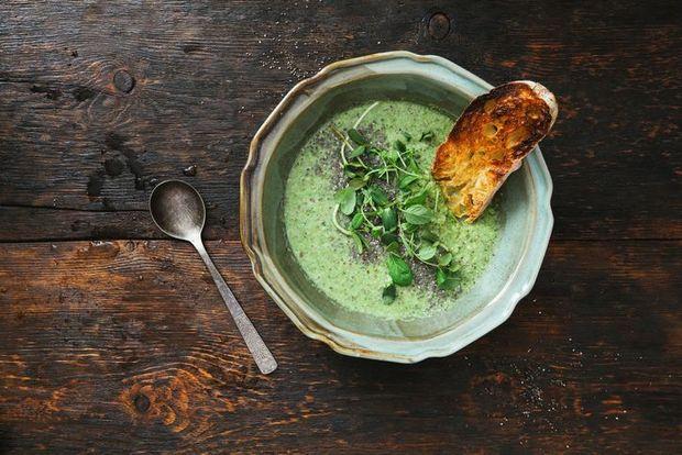 Детокс-суп від Гвінет Пелтроу: рецепт та приготування
