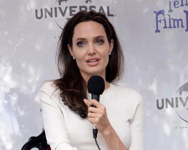 Анджеліна Джолі продовжить роботу в кіно після розлучення з Піттом
