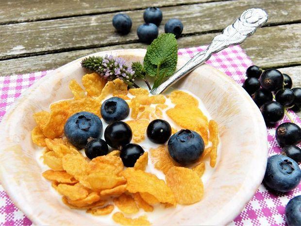 Чорна смородина містить вітамін С